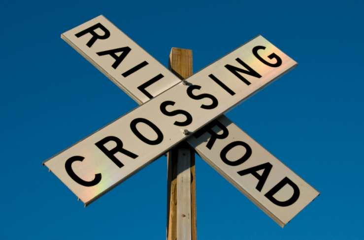 istock_000007711948_small_rr_crossing